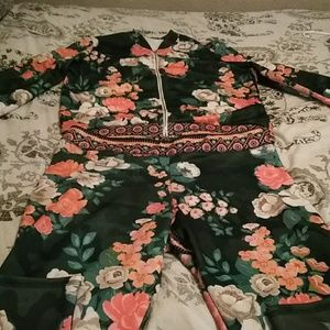 Flower jogging suit